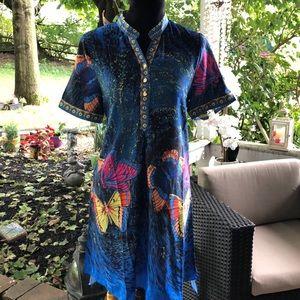 Dresses & Skirts - Stunning dress!